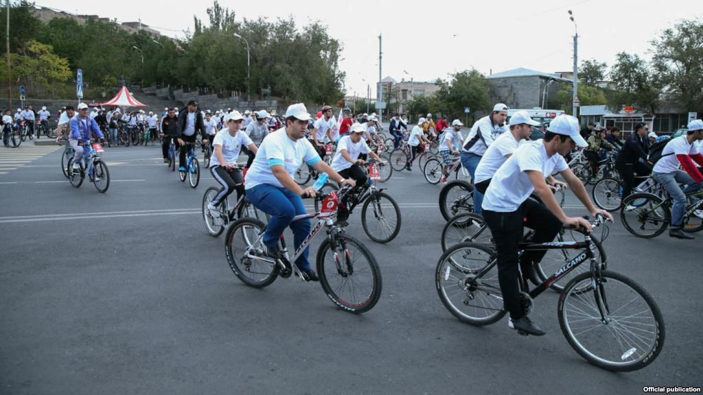 Armenia - Opening of a bike route in Yerevan, 04Oct,2014